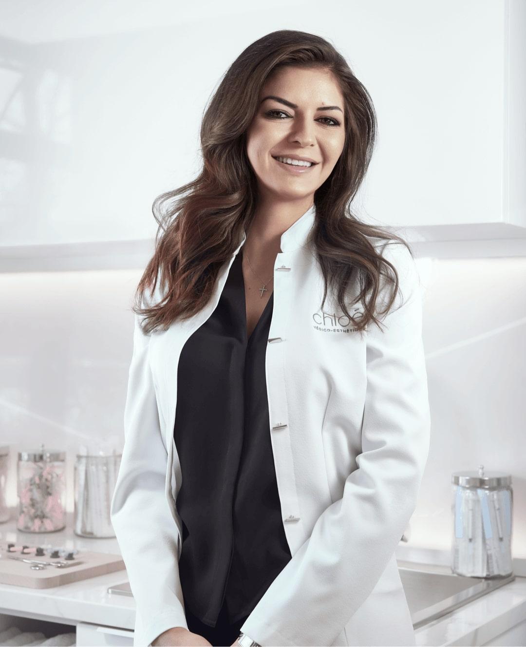 Dre Yara Asbar, médecin esthétique à Montréal chez Clinique Chloé médico esthétique